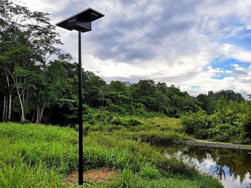éclairage village Guyane lampadaire solaire solamaz
