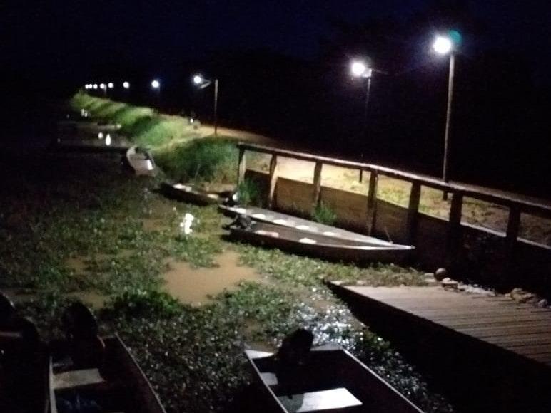 éclairage solaire lampadaire solamaz débarcadère bateau